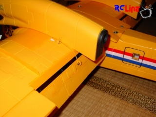 HK Canadair CL-415 Flaps